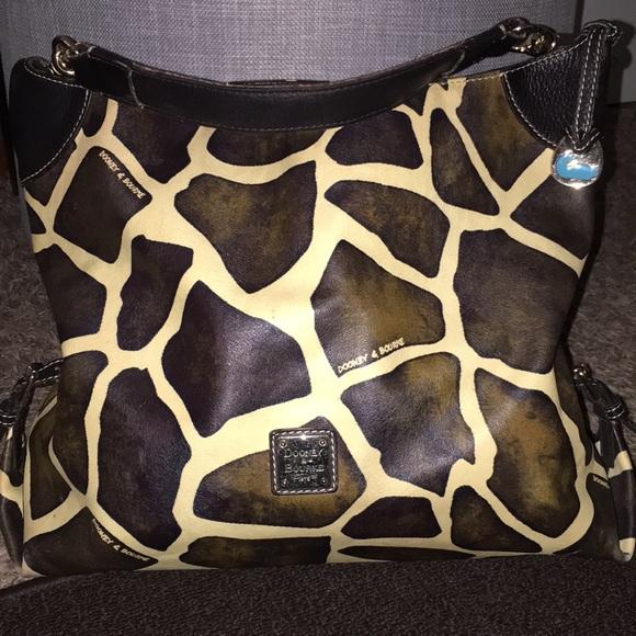 Dooney & Bourke Handbags - Dooney & Bourke Hobo Satchel🦒